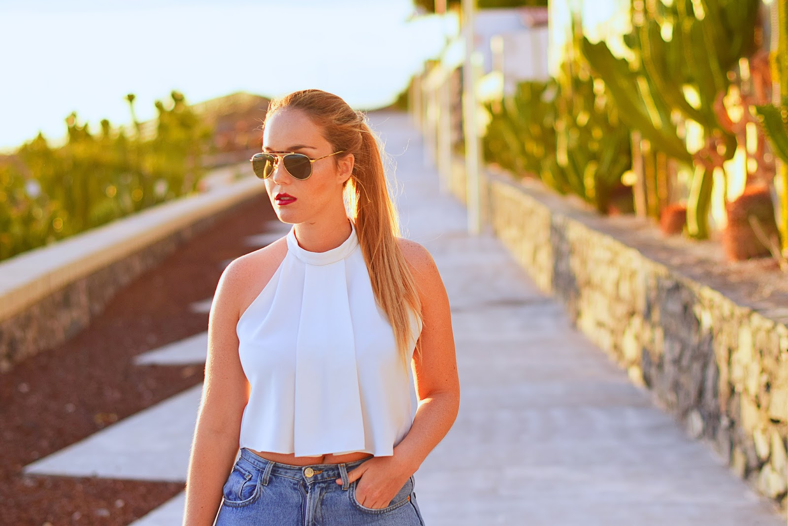 nery hdez, Hindsight Vintage , crop top, boyfriend jeans, aviator sunglasses, shoes with tassel , asos