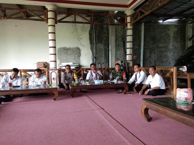 Babinsa Koramil 23/Ceper Hadiri Undangan Rapat Sekdes Sekecamatan Ceper