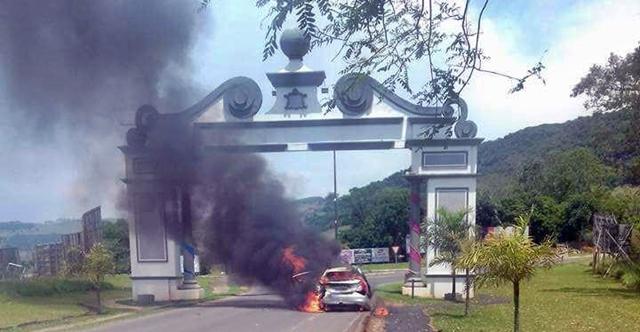 Cândido de Abreu: Imagens do dia... Terror e medo!