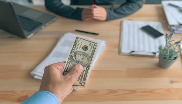 Mengatur Pembayaran Komisi Program Affiliate