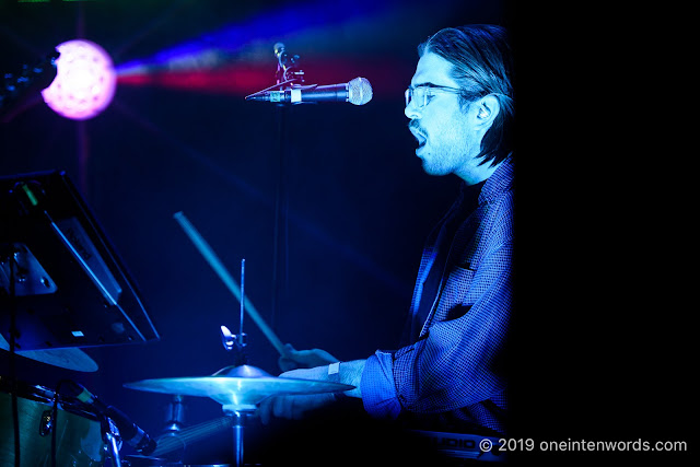 Dizzy at The Mod Club on April 16, 2019 Photo by John Ordean at One In Ten Words oneintenwords.com toronto indie alternative live music blog concert photography pictures photos nikon d750 camera yyz photographer