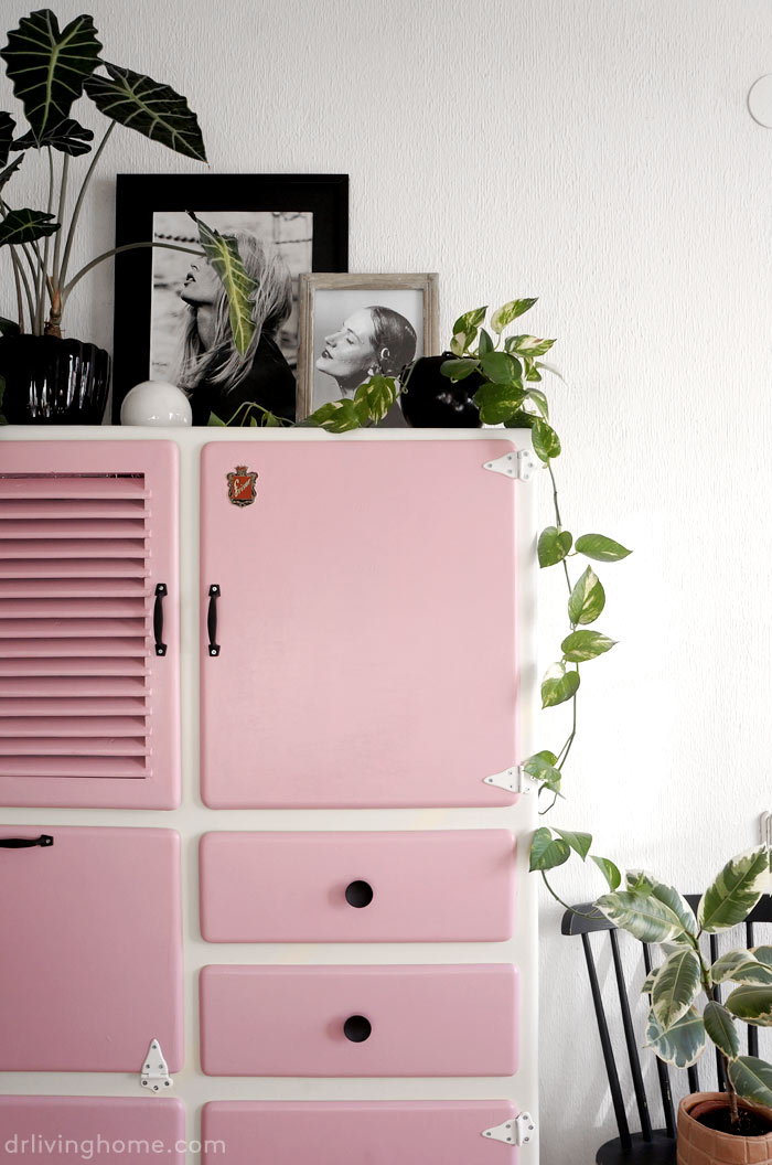 Fun vintage kitchen cupboard makeover dr livinghome decor - Mueble cocina vintage ...