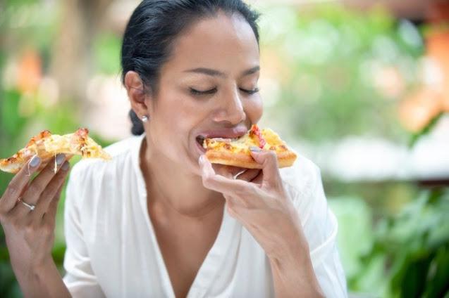 Ăn quá nhanh gây hại cho cơ thể như thế nào?