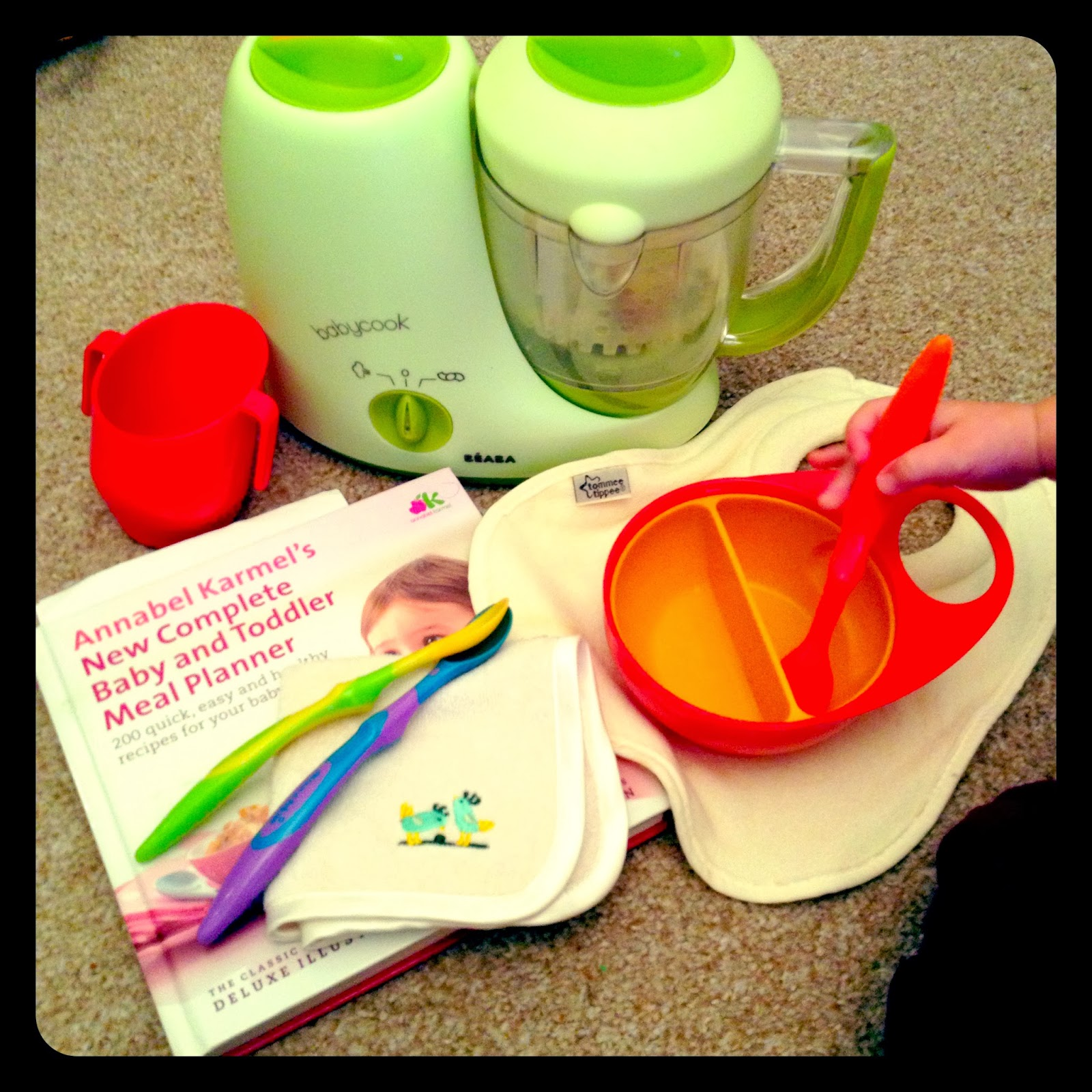 mamasVIB   V. I. BAKE: Weaning made easy! My top 10 tips and must-have buys, V. I. BASICS   Weaning made easy   baby feeding   first tastes   baby led weaning   food for babies   weaning   weaning essentials   mamasVIB