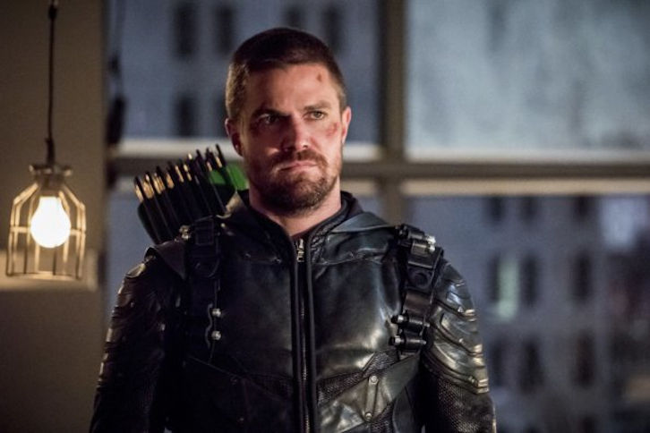 Performers Of The Month - Readers' Choice Most Outstanding Performer of October - Stephen Amell