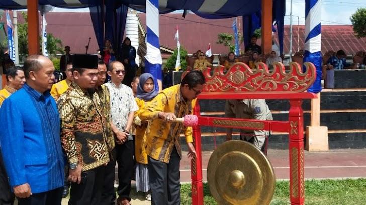 Bersama Sekda Ketua DPRD Kota Sungai Penuh Membuka KSN, KOSN, FL2SN, LCC dan GSI