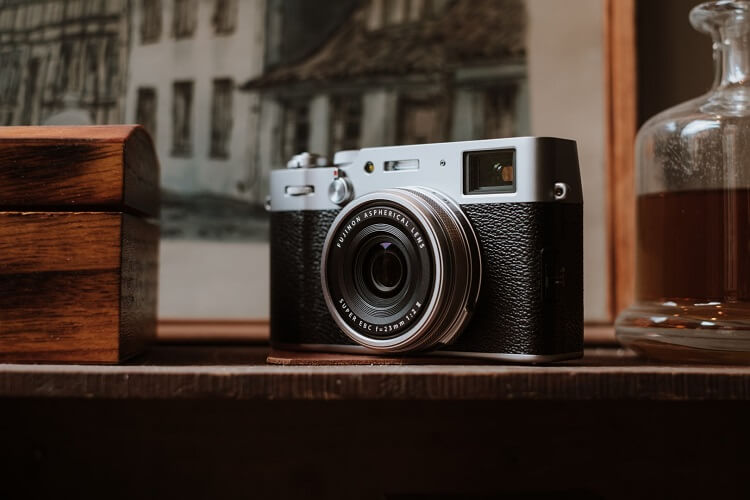 Fujifilm Outs X100V in PH for Php79,990