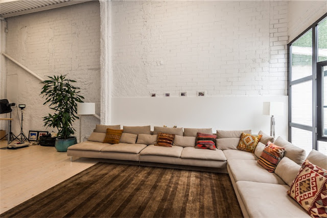 gra sofa en forma de L chicanddeco