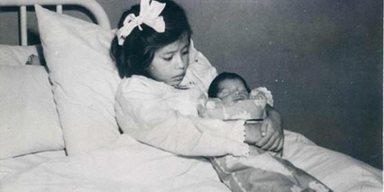 La niña que fue madre a los 5 años de edad