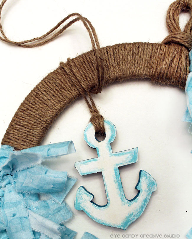 wooden anchor, painted anchor on wreath, summer wreath idea, nautical
