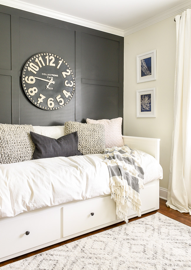 high contrast neutral kid room