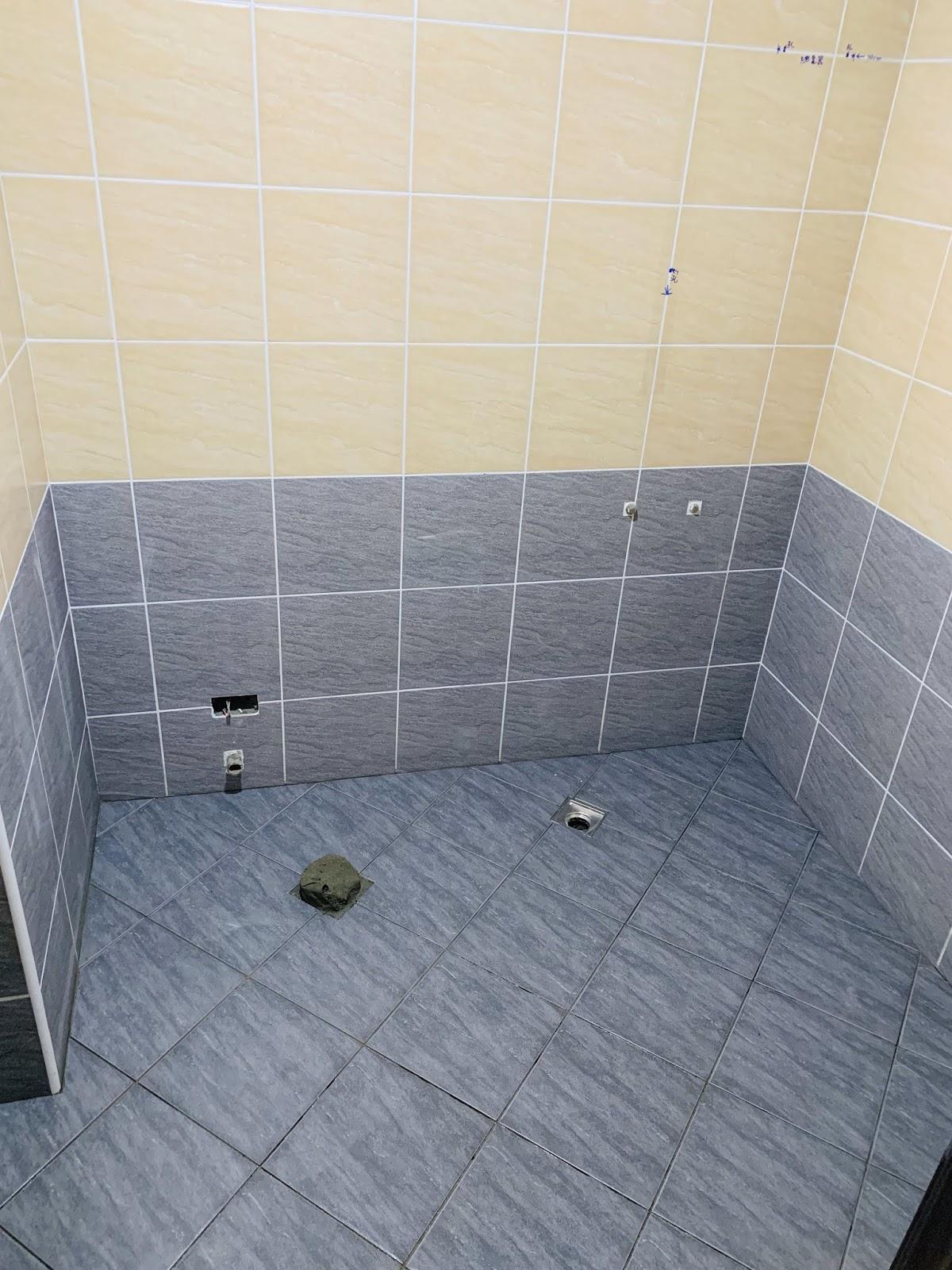 共用浴室-磁磚完成面