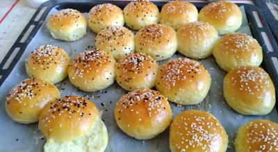 عجينة خبز ميني برغر