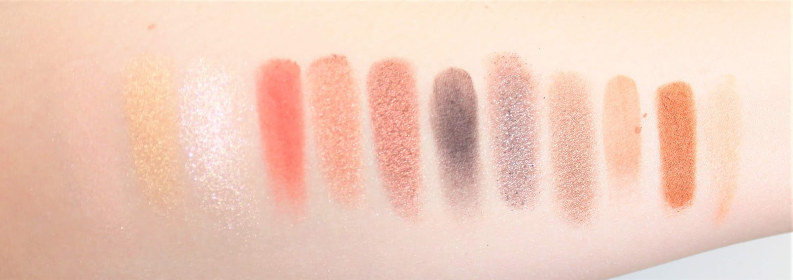 Urban Decay Naked Reloaded swatches