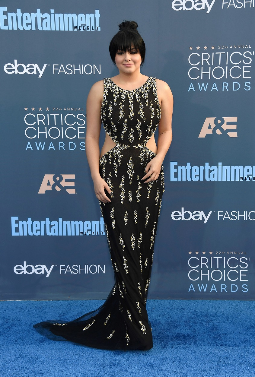 Ariel Winter wears sultry cutout dress to the 22nd Annual Critics' Choice Awards
