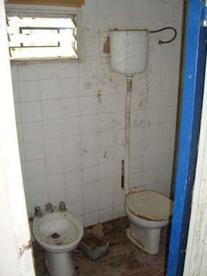 Antes de la ducha se masturba - 5 1