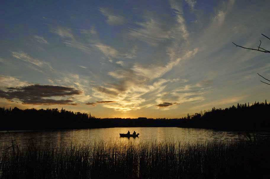 fishing-boat-fisherman-sunrise-lake-water-image