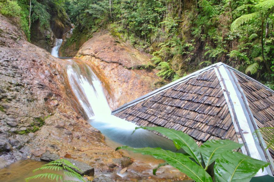 Palaypay Falls Picnic Hut