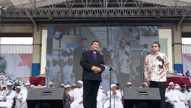 SkakMat Bani Taplak, Ini Alasan Ketua Persekutuan Gereja Hadiri Milad FPI
