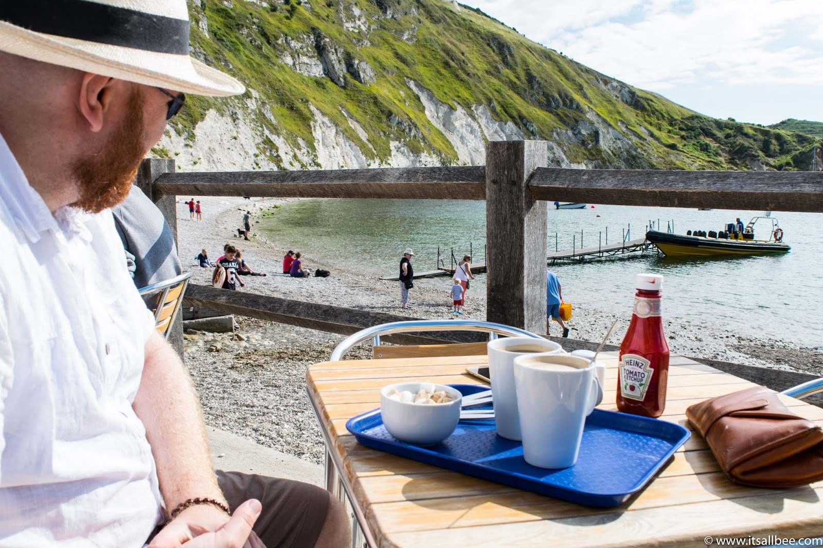 lulworth cove walks in Dorset England |lulworth cove beach cafe
