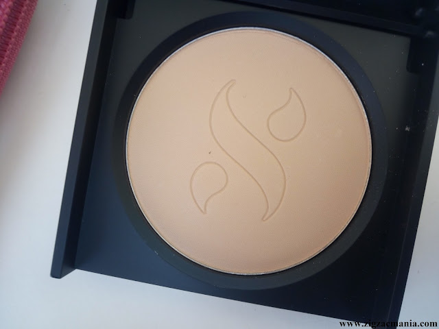 SUGAR As Nude As It Gets SPF 15 Compact Review: Cappuccino (02)