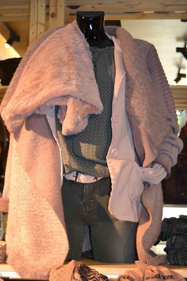 """""""Abrigo color rosa"""""""