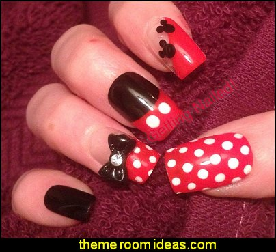Disney polka dot nails - Disney stick on nail mickey false nails - minnie fake nails - minnie mouse handpainted nails mickey mouse press on nails