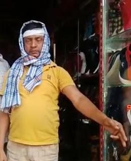 Dabangs beat up a slipper shopkeeper.
