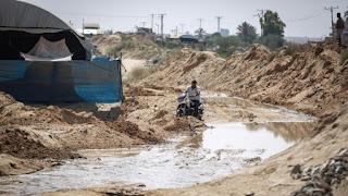 العثور على جثث 4 فلسطينيين داخل نفق على حدود غزة