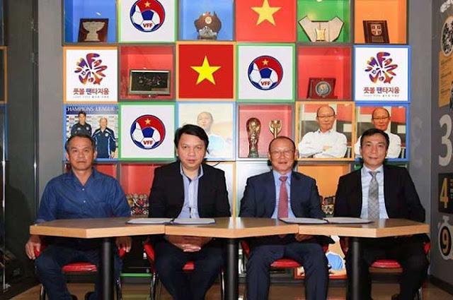 Điều khoản đặc biệt trong hợp đồng ông Park Hang Seo và VFF 2