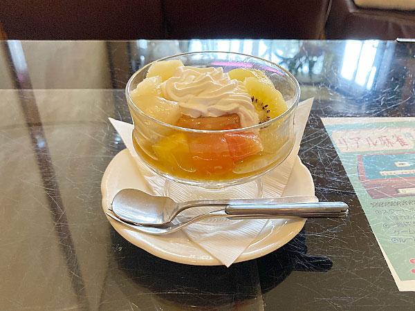 上石神井にある昭和のムードが残る喫茶店『喫茶ベル』のプリン