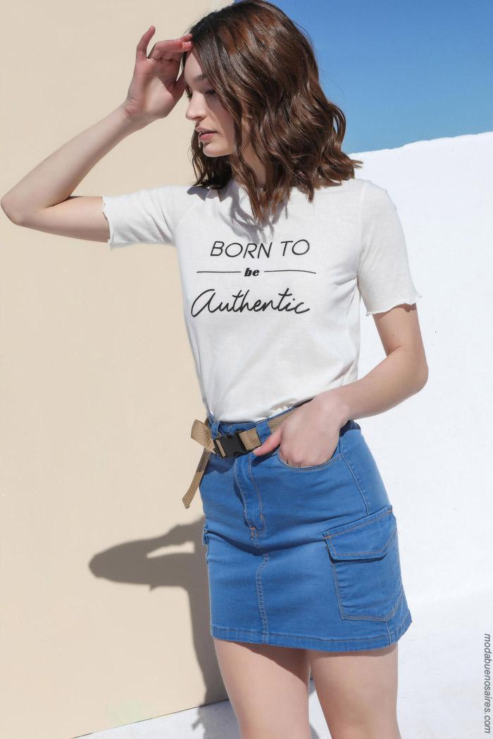 las minis de jeans cargo estan de moda primavera verano 2020