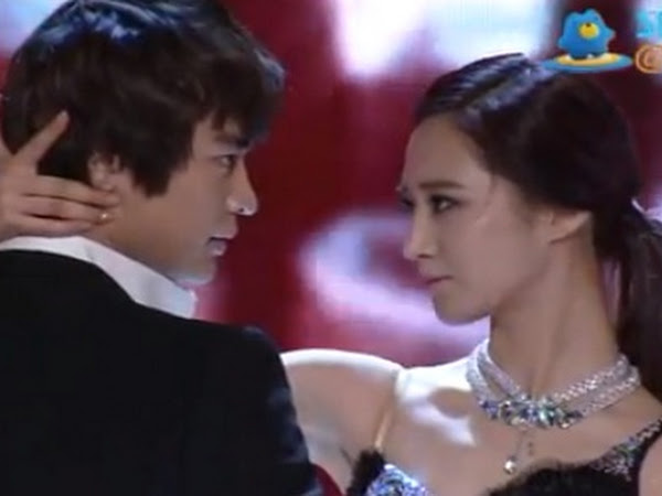 Kwon yuri and choi minho dating