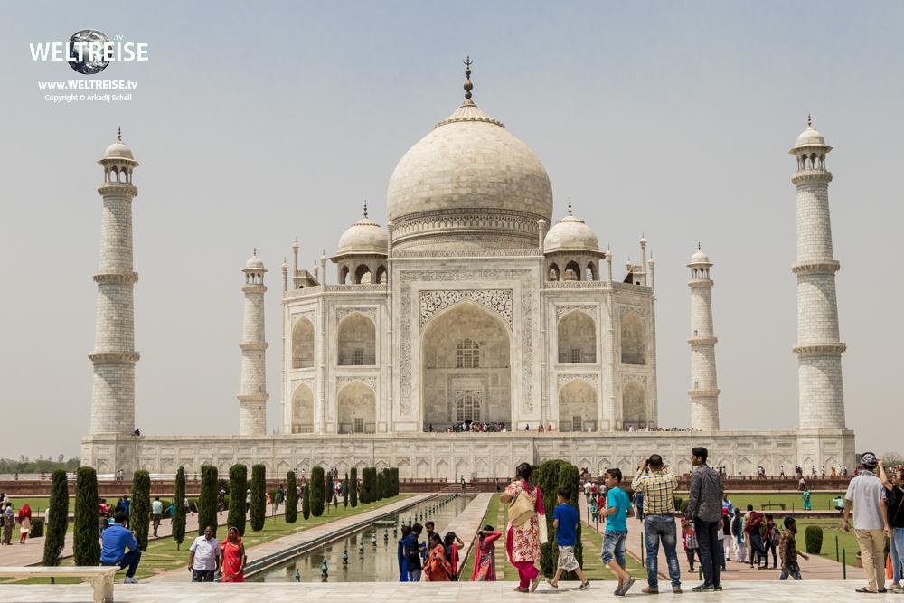 World travel in India. The Highlight Taj Mahal in Agra, Uttar Pradesh. see more www.WELTREISE.tv