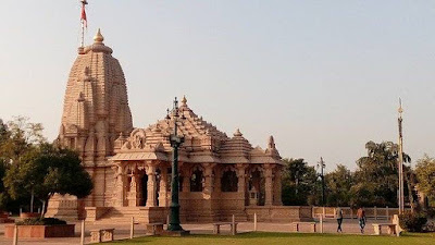 Khajuraho Temple in Hindi