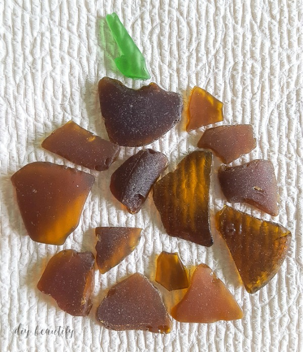 turn collected pieces of beach glass into a pumpkin