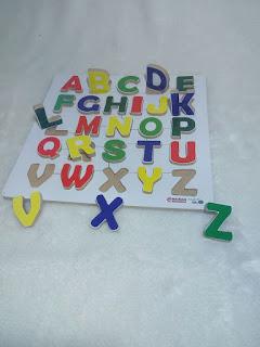 Chunky Puzzle Huruf Besar