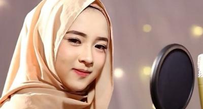 """Lirik Lagu Sabyan Gambus - Ya Habibal Qolbi"""