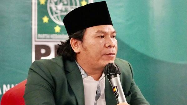 Politikus PKB Ini Ngamuk Gara-gara ASN di Bukittinggi Diwajibkan Shalat Subuh Berjamaah