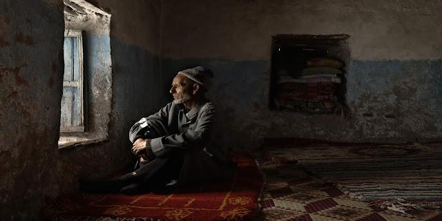 ركود اقتصادي وملايين المغاربة معرضون للفقر بسبب أزمة كورونا