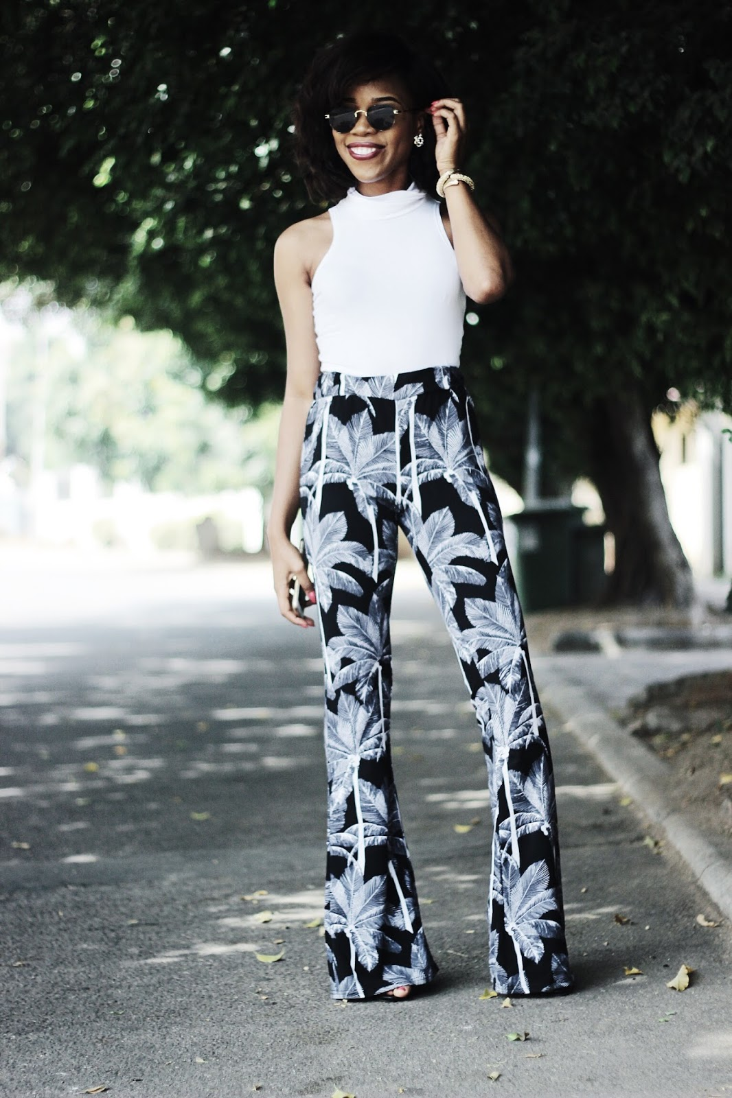 PRINT FLARE PANT TREND