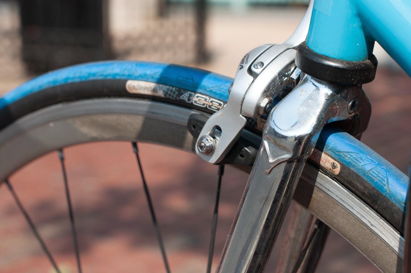 Fixie, fixed speed, bicycle, boston, USA, custom, customised, blue, tim Macauley, the biketorialist, shimano, frame, 3t, ritchey, tiagra , front brake
