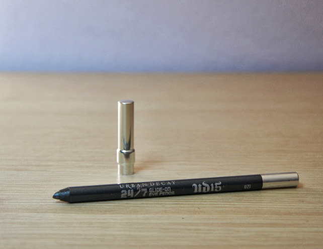 Review: Urban Decay 24/7 Glide On Eye Pencil in Uzi