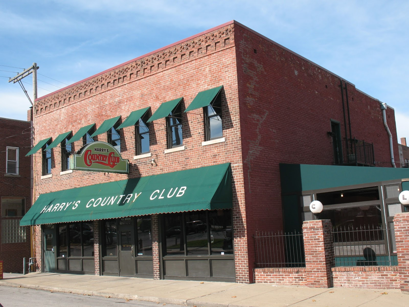 The Dotte Life Happy Hour Review Harry S Country Club