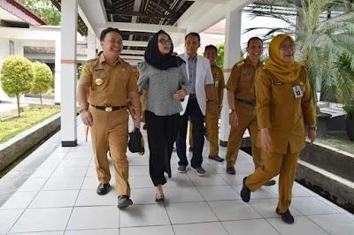 Kunjungi RSUD Doris Sylvanus, Gubernur Sugianto Semangati Pasien
