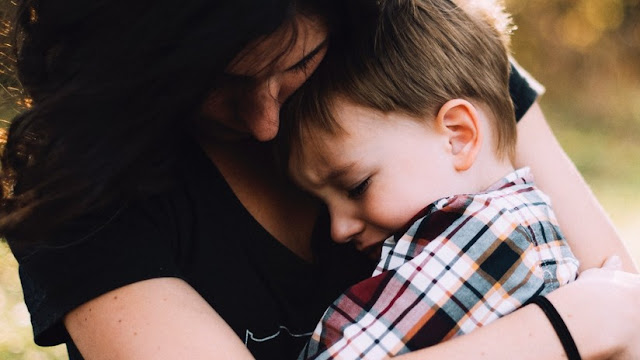 Conmoción en Italia por una red que 'lavaba el cerebro' a niños para alejarlos de sus familias