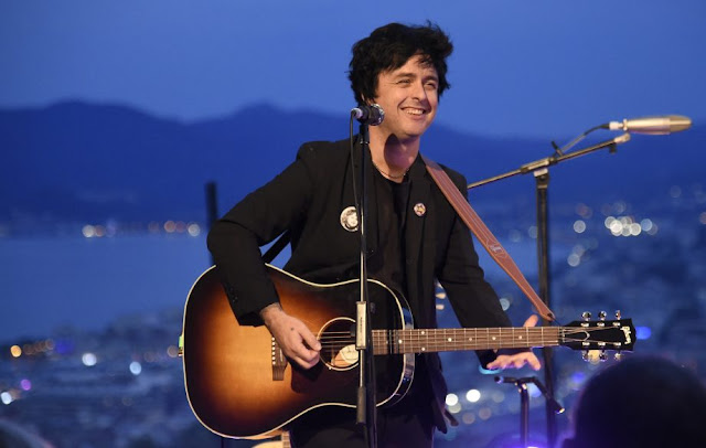 Billie Joe Armstrong sending love to son's bandmates after van crash - rictasblog.com