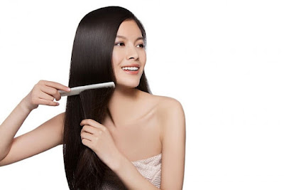 Thói quen sử dụng lược gây rụng tóc