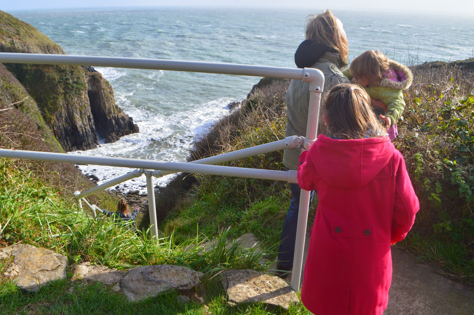 , Church Doors Cove, Pembrokeshire and a Fear of Heights #countrykids