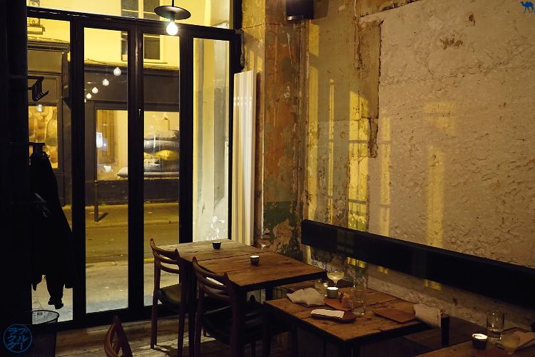 Salle  du restaurant gastronomique Dersou à Paris  - Le Chameau Bleu